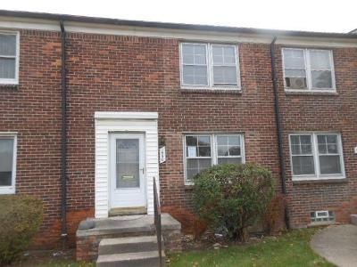 2 Bed 2 Bath Foreclosure Property in Detroit, MI 48234 - E Outer Dr
