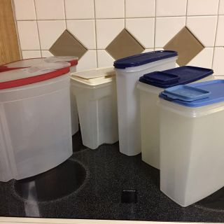 Tupperware and Rubbermaid storage containers sold as lot $20.00