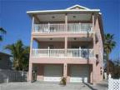 Sandcastle Gulfview Duplex -- Great for Larger Families! - House