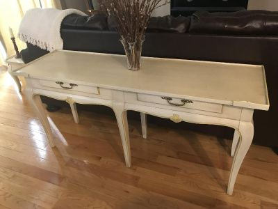HECKMAN French Provincial Sofa/Entry Table With Matching Side Tables