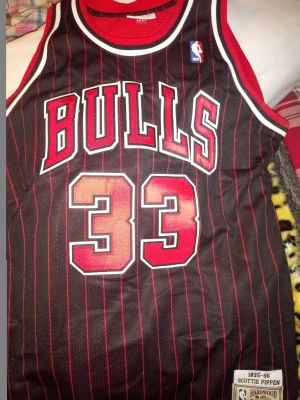 Authentic Chicago Bulls Jersey