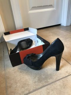 Size 7.5 never worn