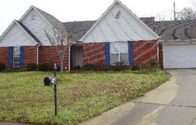 $1,100, 1200 4 bedroom house for rent