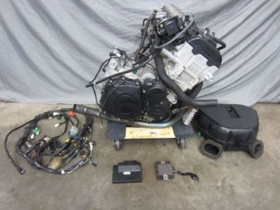 Buy 03 04 2003 2004 SUZUKI GSXR 1000 ENGINE MOTOR COMPLETE HARNESS ECU 8K MILES! motorcycle in Peabody, Massachusetts, United States, for US $2,499.95