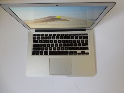 Apple MacBook Air 13 Laptop 2014 Model