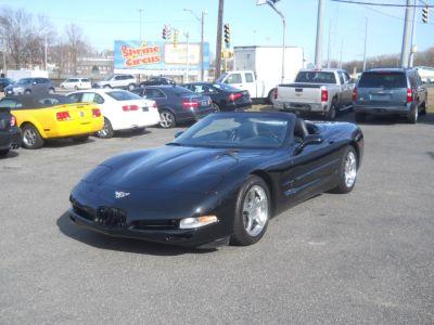2003 Chevrolet Corvette Base (Black)