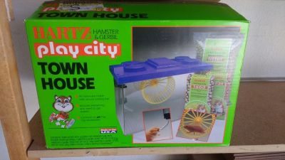 Hamster & Gerbil Town House