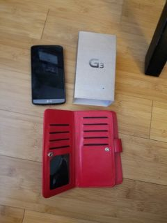 LG G3 phone + wallet phone case and Otter Box - USED