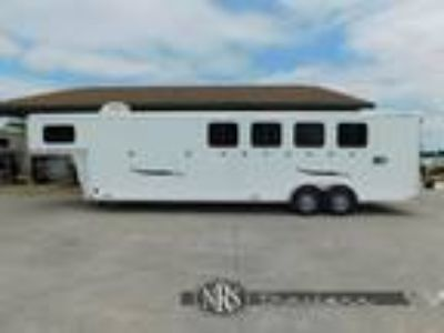 2019 Trailers USA 4 Horse Slant Load with Mid-Tack Gooseneck Trailer 4 horses