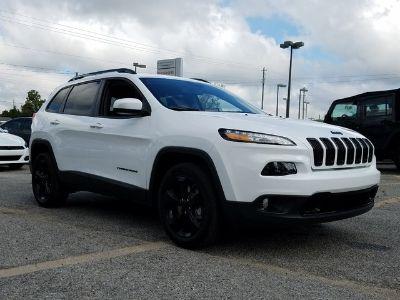 2018 Jeep Cherokee LATITUDE FWD (Bright White)
