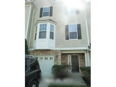2 Bed 2.5 Bath Foreclosure Property in Mount Royal, NJ 08061 - Acorn Dr