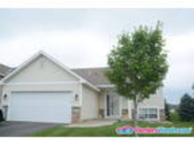 Great Four BR Home for Rent in Shakopee!!