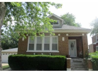 3 Bed 2 Bath Foreclosure Property in Chicago, IL 60643 - W 98th St