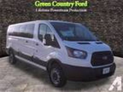 2017 Ford Transit Wagon 350 XL 350 XL 3dr LWB Low Roof Passe