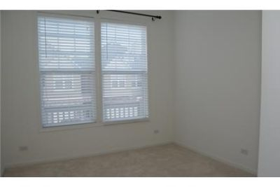 2 bedrooms Townhouse - Great townhome in a great location.