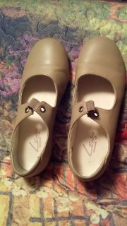 TAP SHOES (LEOS) FOR KIDS SIZE 1.5 MED. PRE OWNED