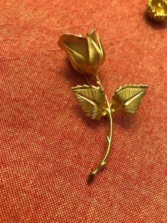 Vintage rose pin Marked Giovanni