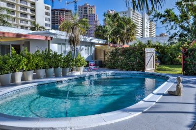 $5229 2 townhouse in Fort Lauderdale