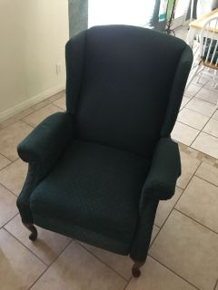 Green Wing Chair/Recliner