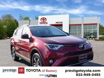 2018 Toyota RAV4 XLE (pearl)