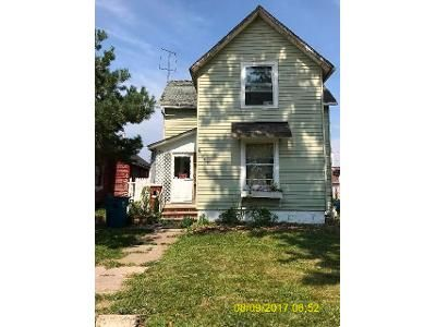 5 Bed 2 Bath Foreclosure Property in Lorain, OH 44052 - Streator Pl