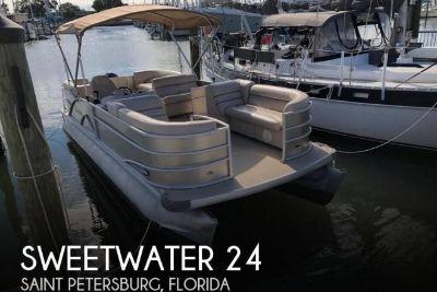 2014 Sweetwater AP 235 RL