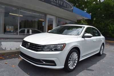 2016 Volkswagen Passat SE (White)
