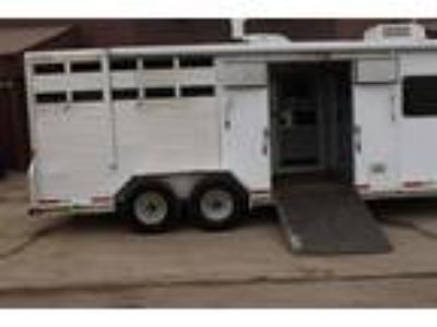 2002 Exiss carriage , toy hauler , two plus one show cattle ? Stock