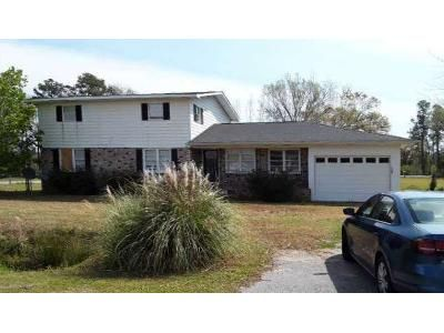 4 Bed 3 Bath Foreclosure Property in Aynor, SC 29511 - 8th Ave