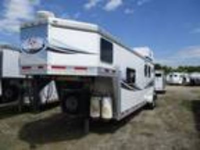 2010 Lakota Trailers 7210 Charger 2 horses