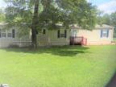 Mobile Home on 1 Ac Lot Move in Ready with D...
