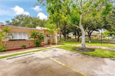 Lovely, clean, and updated 2 bedroom and 2 bathroom single story corner unit villa.