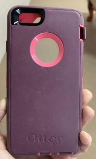 Used otter box defender case for iPhone 6