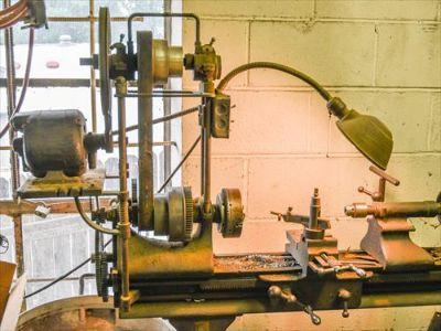 W. F. & John Barnes Co. No.5 Screw cutting machine