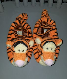 Great UC, Kids size 11/12 House Slippers