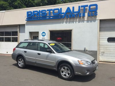 2007 Subaru Outback 2.5i Basic (Silver)