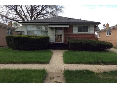 3 Bed 1 Bath Preforeclosure Property in Bellwood, IL 60104 - Wilcox Ave