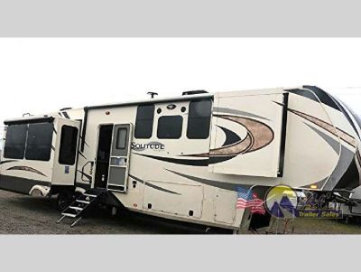 New 2018 Grand Design Solitude 373FB