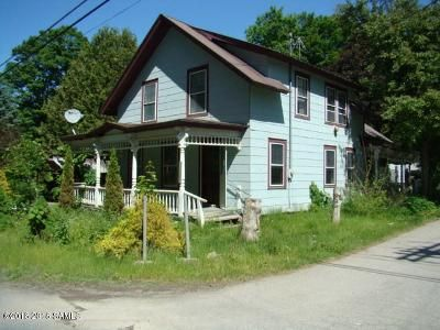4 Bed 1 Bath Foreclosure Property in Crown Point, NY 12928 - Creek Rd