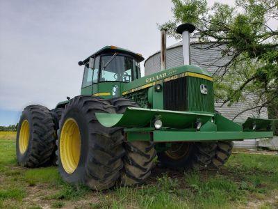 8640 John Deere Tractor
