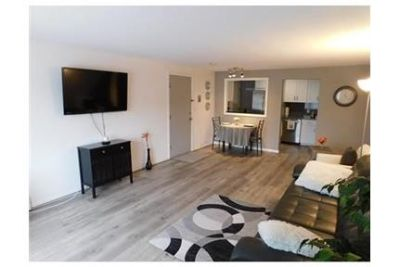 1 bedroom Apartment - This beautifully remodeled unit offers all new kitchen. Parking Available!