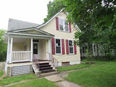 4 Bed 1 Bath Foreclosure Property in Green Bay, WI 54301 - S Webster Ave