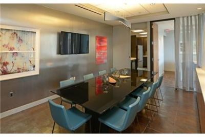 Boston - Great Downtown 2 Bedroom Apartment - Boston. Parking Available!