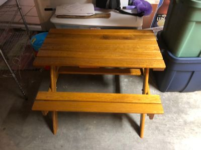 Child s picnic table