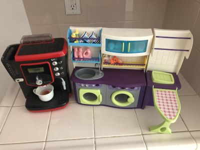 Pretend play coffee maker and laundry