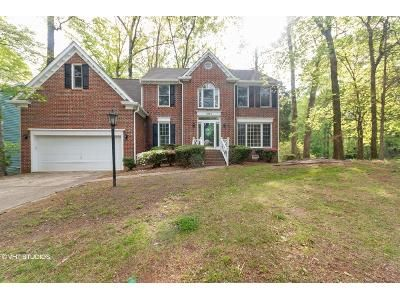 4 Bed 3 Bath Foreclosure Property in Huntersville, NC 28078 - Twin Trail Dr