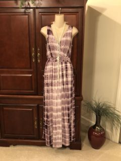 20.00 NWT XS One Clothing purple print maxi dress. Such a gorgeous dress & would be perfect under a jean jacket for fall