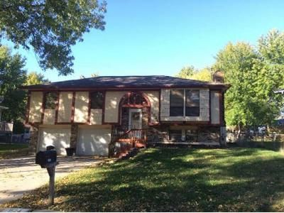 3 Bed 1.0 Bath Preforeclosure Property in Independence, MO 64056 - N Hanover Ave