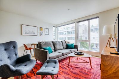 $4650 2 apartment in Capitol Hill