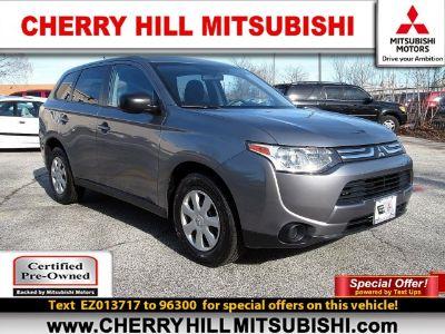 2014 Mitsubishi Outlander ES (Mercury Gray Pearl)